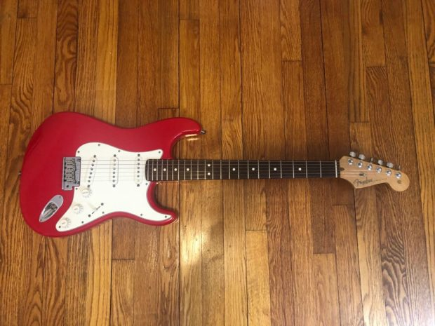 2000 Fender American Series Stratocaster Review Guitar